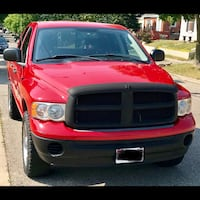 2005 Dodge Ram 1500 Quad(Maybe Crew) Cab. Super clean and only 117km Brantford