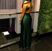 Emerald green evening dress size small Laval, H7W 1P1