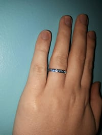 Dazzling beautiful Sterling silver ring! Brand new Essex, N0R 1A0