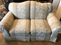 (Set of 2) Floral Loveseat / Couch / Sofa and Single Chair Toronto