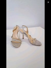 pair of brown leather open-toe heeled sandals Montreal, H3W