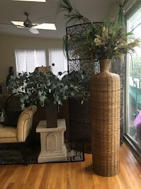 2pc Faux Plants Set with Stone Stand  Rockville, 20850