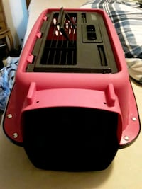 new pink and black  cat/pet carrier  Duncan