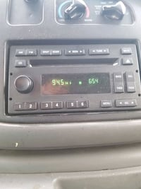 Car stereo system for Ford