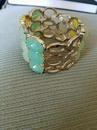 gold-colored and green beaded bracelet Lakewood, 44107