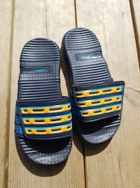 Adidas slippers 6202 km