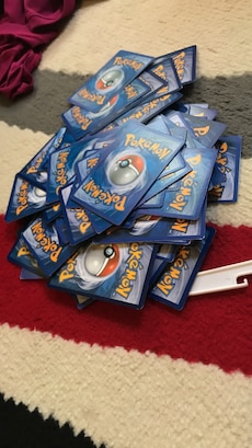 Each 25 pokemon cards
