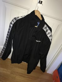 Adidas TNT tape windbreaker XL Winnipeg, R2J 3C7
