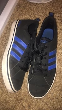 pair of black-and-blue Adidas sneakers Tomball, 77375