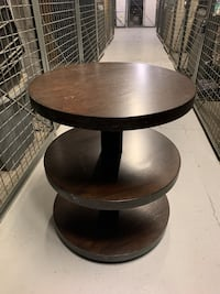 Crate and barrel coffee end table New York, 10017
