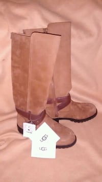 UGG BOOTS, Size 5 Womans.