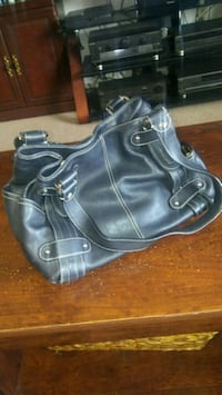 Great condition black purse $5 New Windsor, 12553