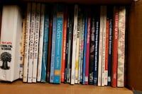 Quilting and cookbooks. price is for whole lot Warren, 44483