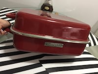 KitchenAid Red Dome Roaster with Lid Burnaby, V5E 1C9