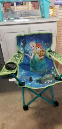 Frozen chair @ clic klak used toy warehouse  Mississauga, L4X 2S3