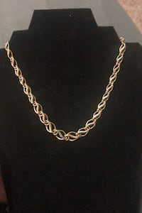 Beautiful Tri-Gold necklace
