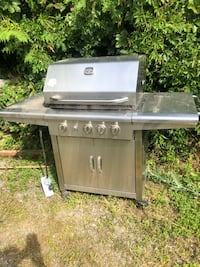 Stainless steel BBQ Quinte West, K0K 2C0