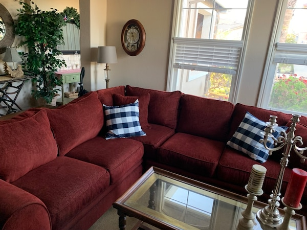 Stupendous Great Sectional Can Bring To You For Gas Only Sofa Couch Great Color Very Comfortable Looks Great Come Take A Look Looking For Fast Sale So Spiritservingveterans Wood Chair Design Ideas Spiritservingveteransorg