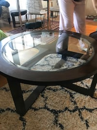 Coffee table with stools (one broken stool) Alexandria, 22312