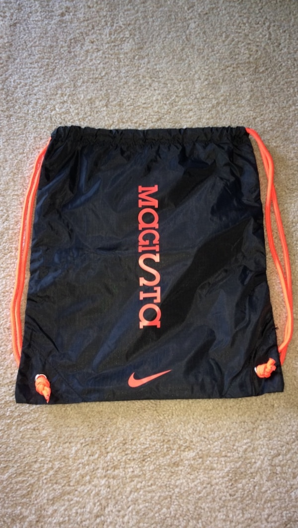 Used Nike Magista Drawstring Bag for sale in Downers Grove - letgo 7259ace9495d3
