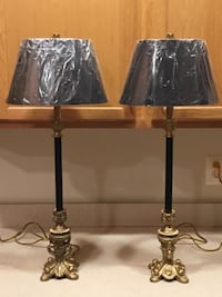 Lamps Pair of Elegant Black and Gold Buffet Style Lamps