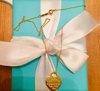 AUTHENTIC TIFFANY AND CO 18k YELLOW GOLD RTT HEART TAG NECKLACE Toronto, M6L 2N8