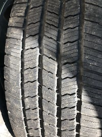 """Factory 20"""" Chevy 6 lugs rims / caps and good tread Michelin tires Adelphi, 20783"""