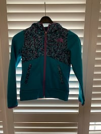 North Face jacket, size small 7/8 Toronto, M9M 2W3