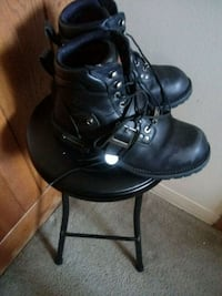 Boots size10 mens  Bloomington, 61701
