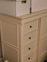 Armoire-Like new, Solid wood Rockville, 20852