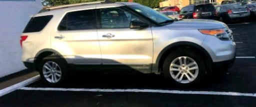 2012 Ford Explorer》4WD SUV》3RD ROW》BEAUTIFUL》