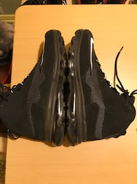 NIKE MEN NIKE AIR BLACK SIZE 10.