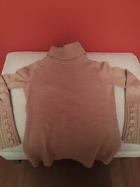 Banana Republic Merino Wool Sweater  Toronto, M2N 7K2