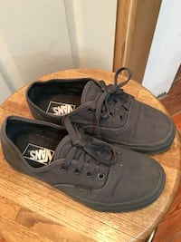 Black vans low top sneakers