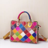 THE WOMANTIME BOOPDO BRITISH STYLE LEATHER HANDBAG WITH CONTRAST COLOR