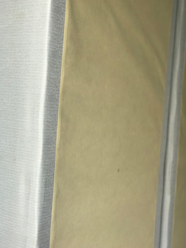 Like new king size pillow top mattress and boxsprings c6a22ef9-6942-4019-98df-897413a239e4