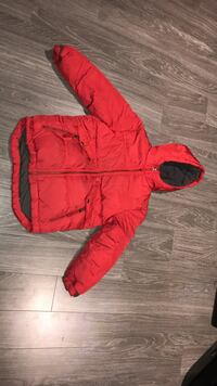 Gap kids winter jacket size 8  Laval, H7W 2Z8