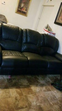 black leather 3-seat sofa Robstown, 78380