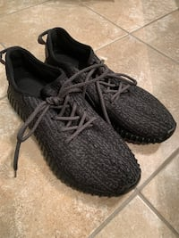 Adidas Boost shoes Sz 9 1/2.