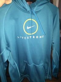 Nike Livestrong thermal sweater Kingston, K7K 1H6