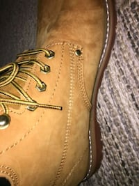 New never worn Ever boots size 12 Richmond Hill, 31324