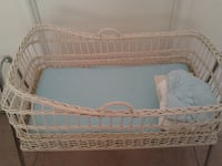 bassinet with sheets Lansing