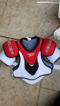 bauer player chest protector Mississauga, L5B