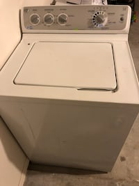 white top-load clothes washer El Paso, 79928