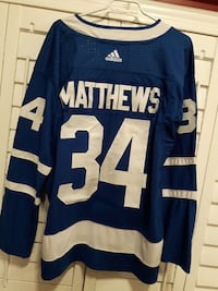 blue and white Adidas Matthews ice hockey jersey Cambridge, N1P 1G7