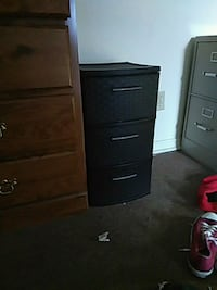 brown wooden 4-drawer chest Oklahoma City, 73111