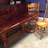 Wooden table with 3 chairs Malahide, N5H 2R2