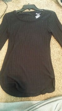 Small (3-5) Girls long sleeve black No Boundaries Bean Station, 37708