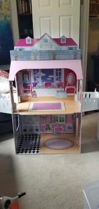 American Girl Doll House - 3 stores  Oxon Hill, 20745
