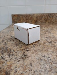 100- 3x2x2 plain white shipping boxes Toronto, M5R 1E6